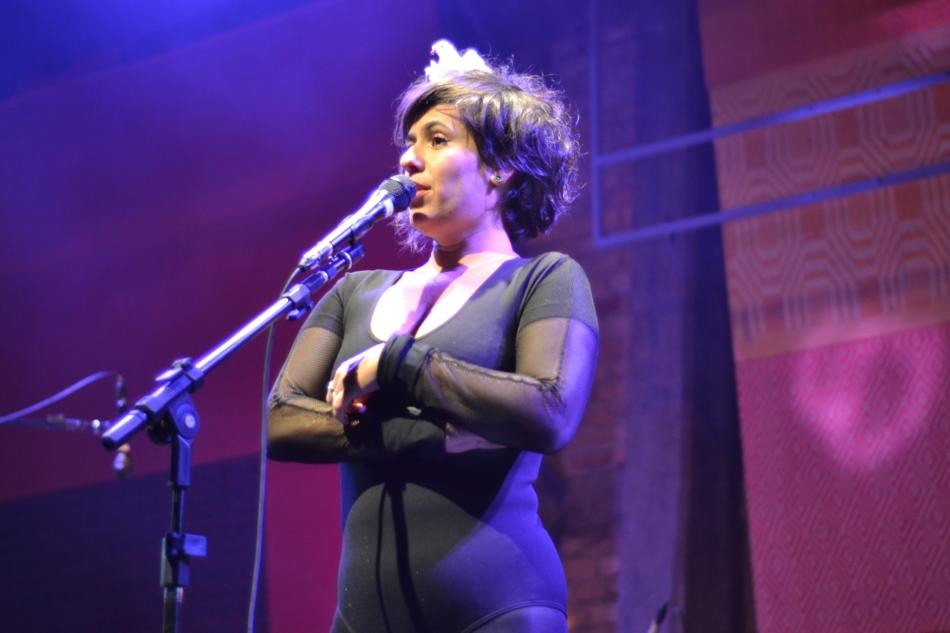 Silvia Machete no lançamento de Extravaganza Ao Vivo. 25.7.2013