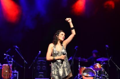 Mariana Aydar no palco do Sesc Belenzinho. 7.1.2014 (Foto: Alexandre Eça)
