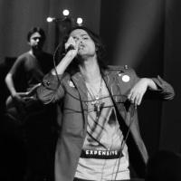 SHOW: Filipe Catto mostra canção inédita feita em parceria com o compositor carioca Moska