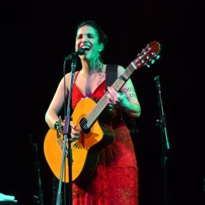 Verônica Ferriani no palco do Sesc Pompeia (Foto: Alexandre Eça)