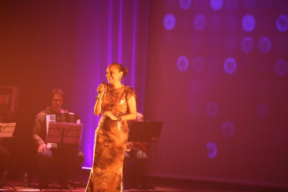 A cantora Teresa Cristina