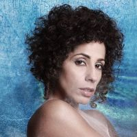 "SINGLE: O ska ""Na Menina Dos Meus Olhos"" é o primeiro single do novo disco de Márcia Castro"