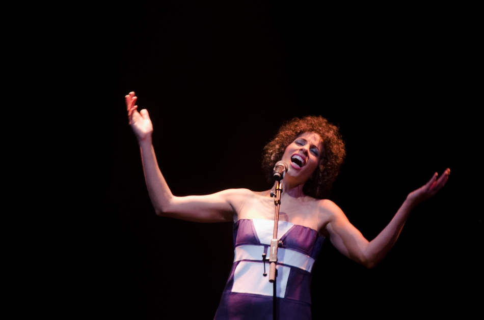 Marcia Castro no Teatro Paulo Autran (Foto Alexandre Eça)
