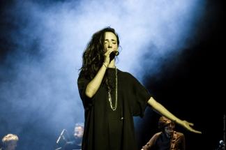 Tiê na estreia de Esmeraldas (Foto Alexandre Eça)
