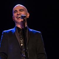 """Ousado, """"Fado"""" mostra Edson Cordeiro como grande intérprete"""