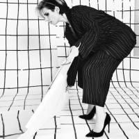 """Parceria com Jonas Sá, """"Voo Rasante"""" é o primeiro single de Nina Becker"""