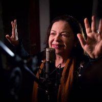 Amelinha grava disco dedicado à obra de Belchior