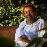 """Leci Brandão estreia na gravadora Biscoito Fino com regravação de """"Refazendo a Cabeça"""""""